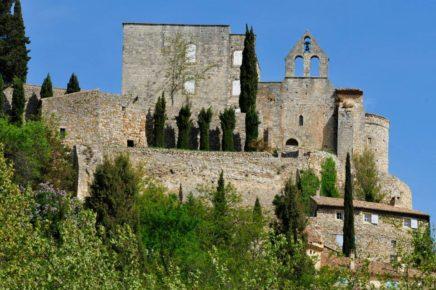 ruines château roussas