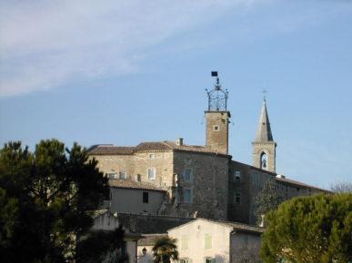Grillon le village