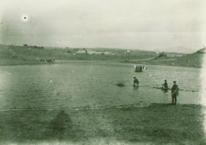 L'abbé Charvat lac de la glacière 1930