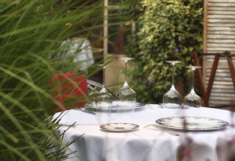 Restaurant Le Clair de la Plume à Grignan - 1