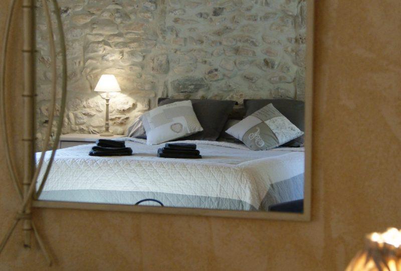 Le Mas de La Lance à Roche-Saint-Secret-Béconne - 10