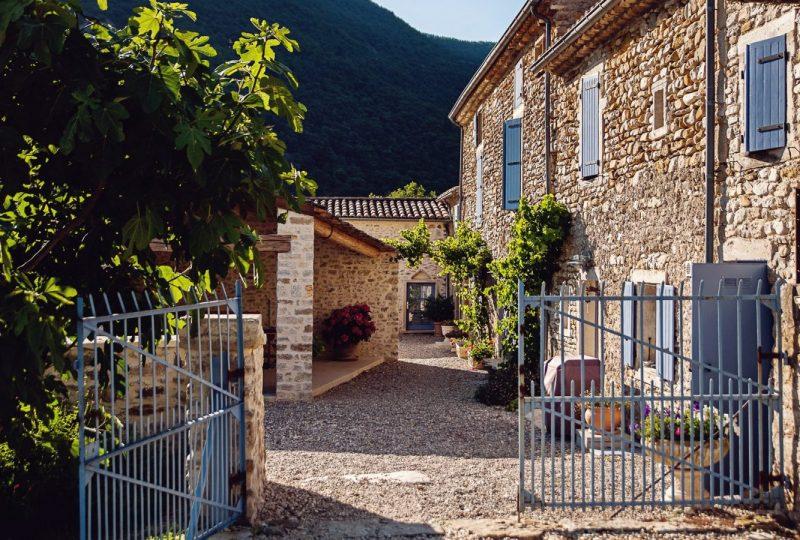 Le Mas de La Lance à Roche-Saint-Secret-Béconne - 4