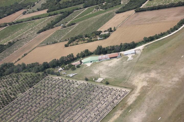 Aéro Club du Haut Comtat à Visan - 1