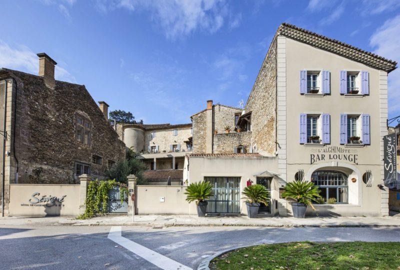 Hôtel l'Instant Sévigné à Grignan - 4